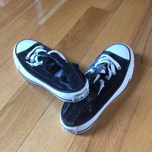 Converse Size 6 Velvet